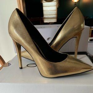 Women's Aldo Gold Heels size 8
